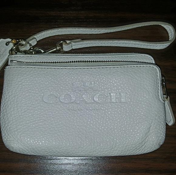 Coach Handbags - ❌ SOLD ❌ Coach wristlet